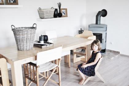 Stef chair - interior placement